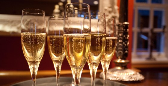 Champagne glasses to celebrate Edinburgh Castle Wedding Open Day