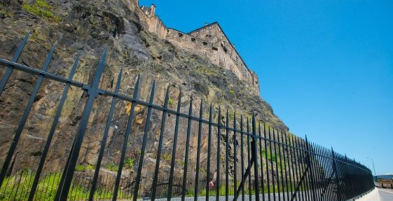 Installation of the new rock trap wall in Johnstone Terrace, Edinburgh Castle.