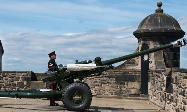 A soldier preparing to fire the One O'Clock gun at Edinburgh Castle