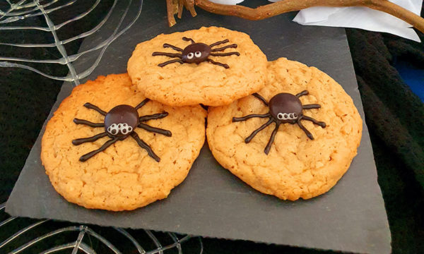 Cookies with spider decoration
